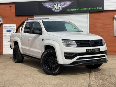 Volkswagen Amarok GTS PACK D/Cab Pick Up Highline 3.0 V6 TDI 204 BMT 4M Auto Pick Up Diesel Candy White at Martin Atkinson Vans Scunthorpe