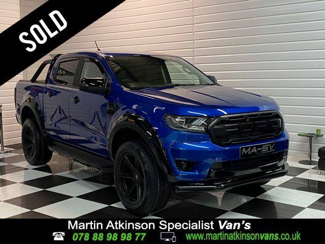 Ford Ranger 0.2 Pick Up Double Cab MA-SV BLACK EDITION 1 2.0 EcoBlue 170 Auto Pick Up Diesel Lightening Blue