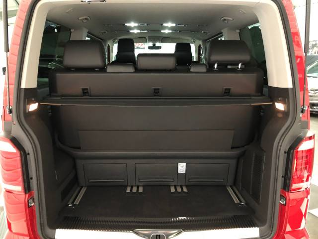 2018 Volkswagen Caravelle 2.0 TDI 150 Executive DSG SWB R Edition